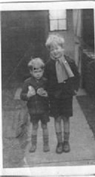 Photo of Alan and Trevor Edwards, 1948